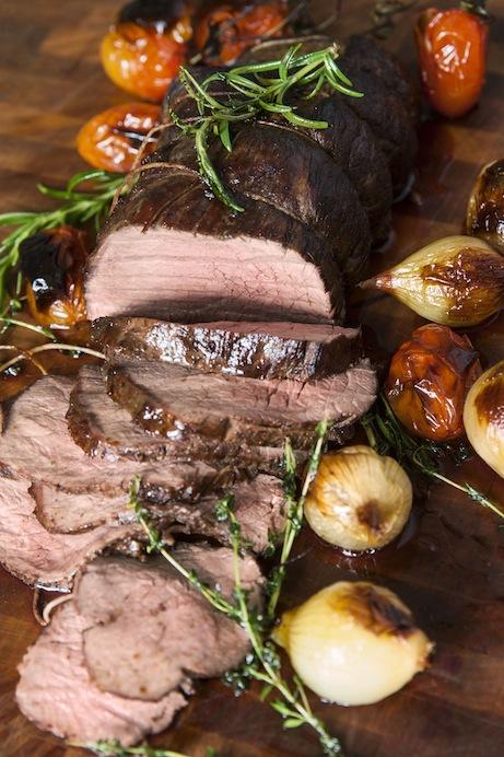 Innanlår utsmyckat till stek. Saftigt och fantastiskt mört.