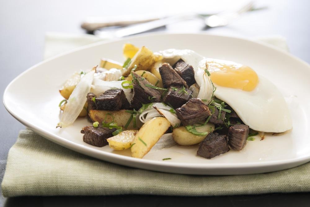 Efter timmar av långkok har du kött i kylen som blir middagspytt på fem minuter.